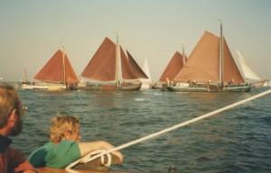 Strijd om de Garnalencup, Lauwersmeer, vroege jaren '90. Foto collectie Pieter en Lucie van Dijk.